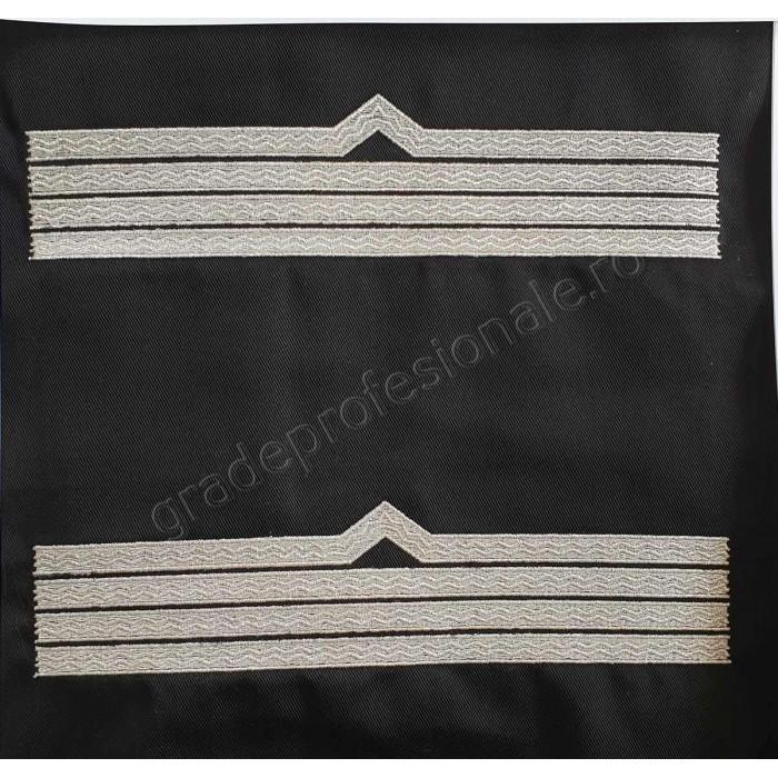 Trese Maistru militar clasa 2 IGAV